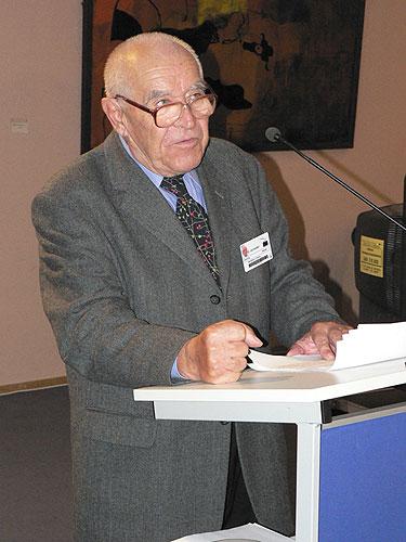 Vernisáž výstavy EVROPA, KOLÉBKA VĚDECKÉHO PORODNICTVÍ, prof. Antonín Doležal, 2.10.2007, budova Paul Henry Spaak, Evropský parlament v Bruselu