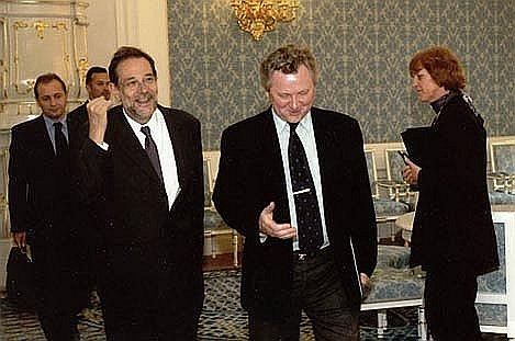 S Javierem Solanou v PS Parlamentu ČR, rok 2002