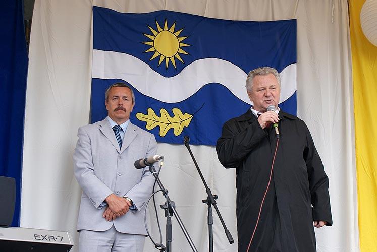 Předvolební akce v Plané nad Lužnicí, 13. května 2009, foto: Jan Karlovský