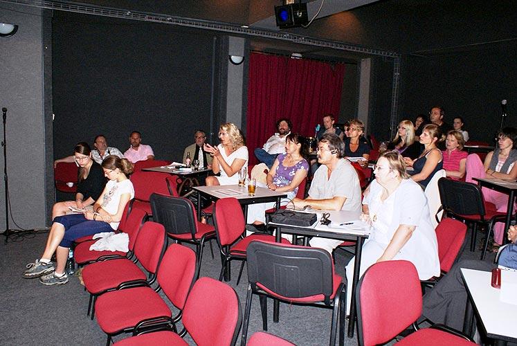 XIII. Konference o sexualitě a lidských vztazích, Malá scéna Slováckého Divadla, 20. - 22. května 2009, foto: Jan Karlovský