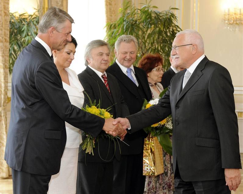 Prezident Václav Klaus se 18.6.2009 setkal s několika českými europoslanci, kteří končí v Evropském parlamentu, foto: ČTK