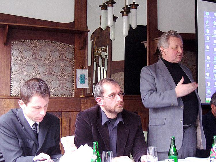 """Tisková konference Sexuologické společnosti ČLS a Společnosti pro podporu sexuologie na téma """"potravinové doplňky"""", 1. března 2006, Hotel Paříž, Prahana 2006, Hotel Paříž, Praha"""