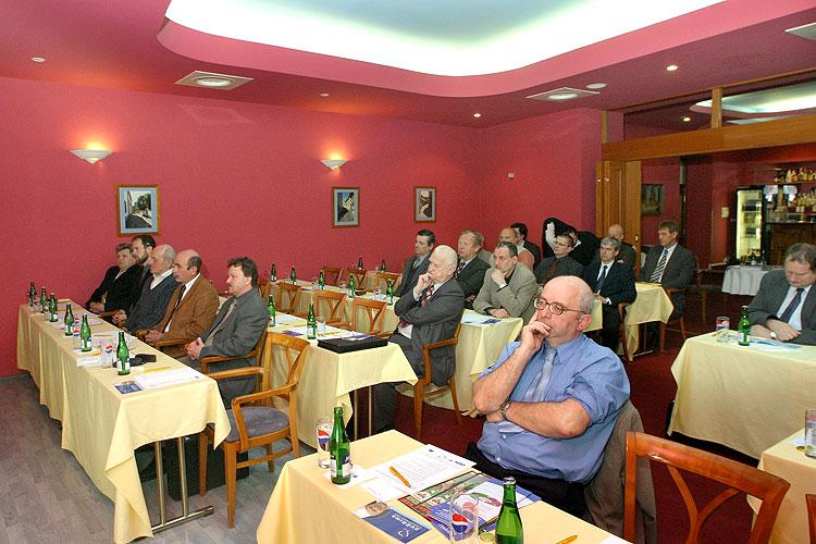 Pracovní setkání pravicových komunálních politiků Jihočeského kraje, 10.4.2006, Hotel LÁZNĚ v Táboře – Čelkovicích, foto: Lubor Mrázek