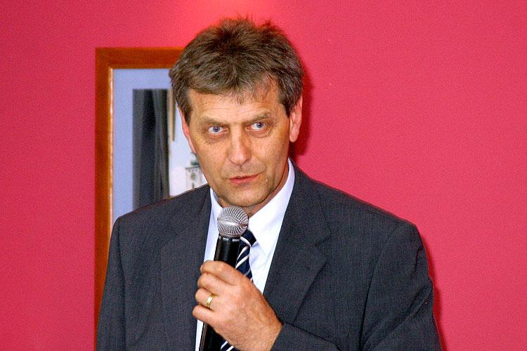 Jan Tůma, pracovní setkání pravicových komunálních politiků Jihočeského kraje, 10.4.2006, Hotel LÁZNĚ v Táboře – Čelkovicích, foto: Lubor Mrázek