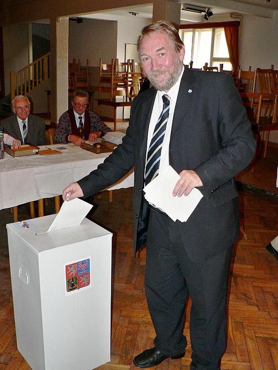 Mgr. Pavel Eybert - senátor Senátu Parlamenu ČR, volby do Poslanecké sněmovny parlamentu ČR 2006